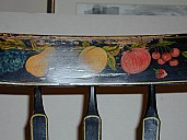 FruitChair-SprayPaint-Before.jpg: 1600x1200, 408k (July 05, 2009, at 11:24 PM)
